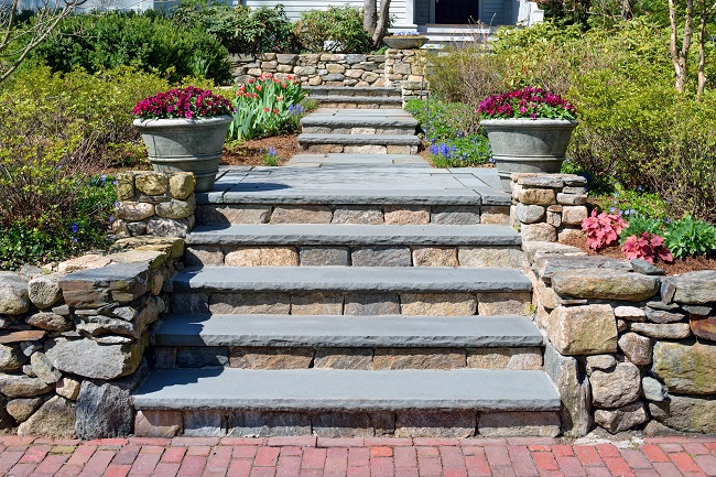southbury-ct-stone-patio-walkway